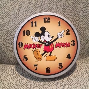 Mickey Mouse clock tin